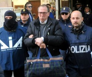 Italy ramps up search for Mafia godfather