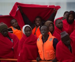 Five migrants die off Morocco, Spain searches for more boats
