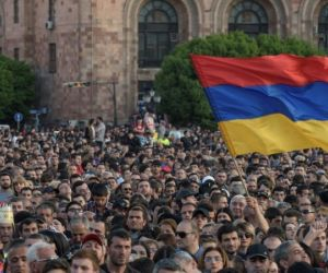 Armenia protests: New election date set in bid to defuse crisis