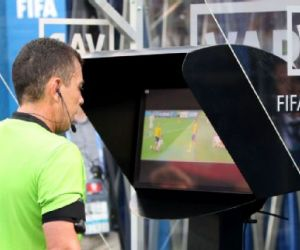 Premier League agree to implement Video Assistant Referee (VAR) from next season