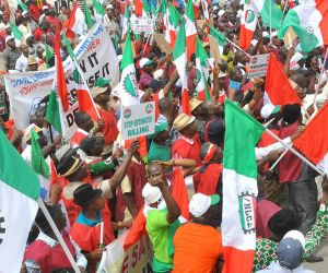 State Governors threaten to downsize workforce over N30,000 minimum wage