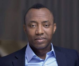 <a href= '190517030449/inec-rejects-omoyele-sowores-suspension-by-rebel-aac-members'>INEC Rejects Omoyele Sowore's Suspension By Rebel AAC Members</a>
