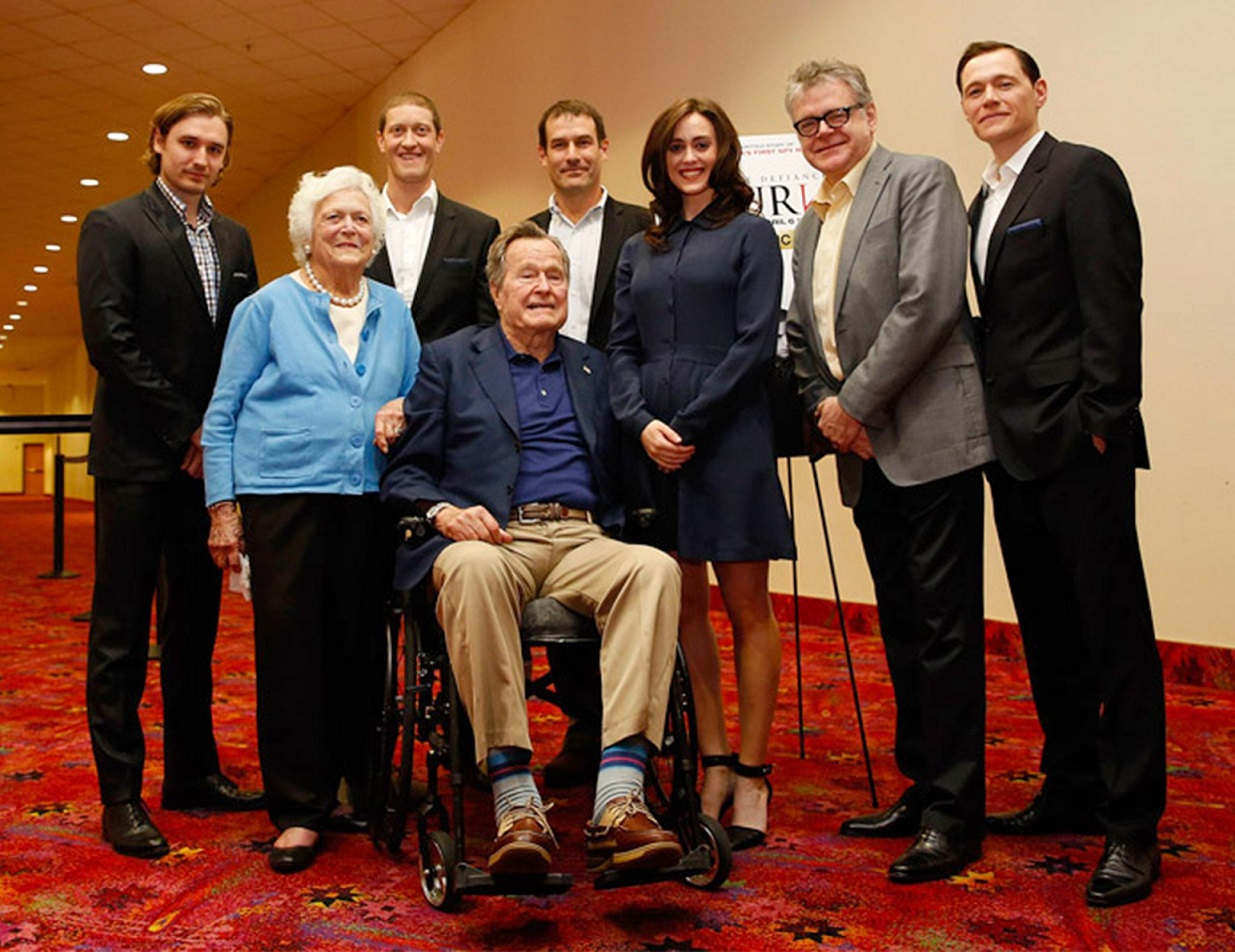 HW Bush Attributes Groping Allegations To Parkinson's Disease