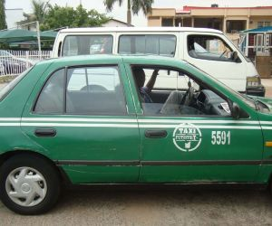 Taxi driver lands in trouble for kidnapping 10 children