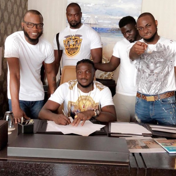 Nigerians react as man calls out Perruzi and Davido for breech of contract
